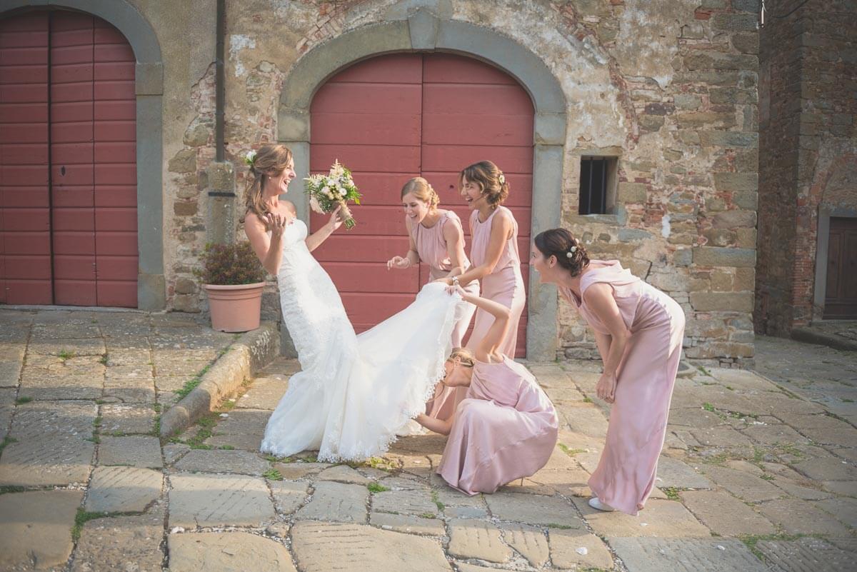 Zoe e Kumaran - Matrimonio Castello Gargonza Wedding 056