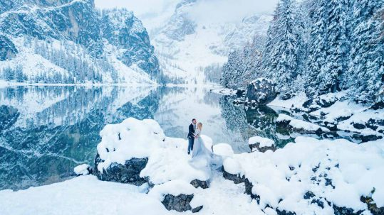 couple on the lago di Braies